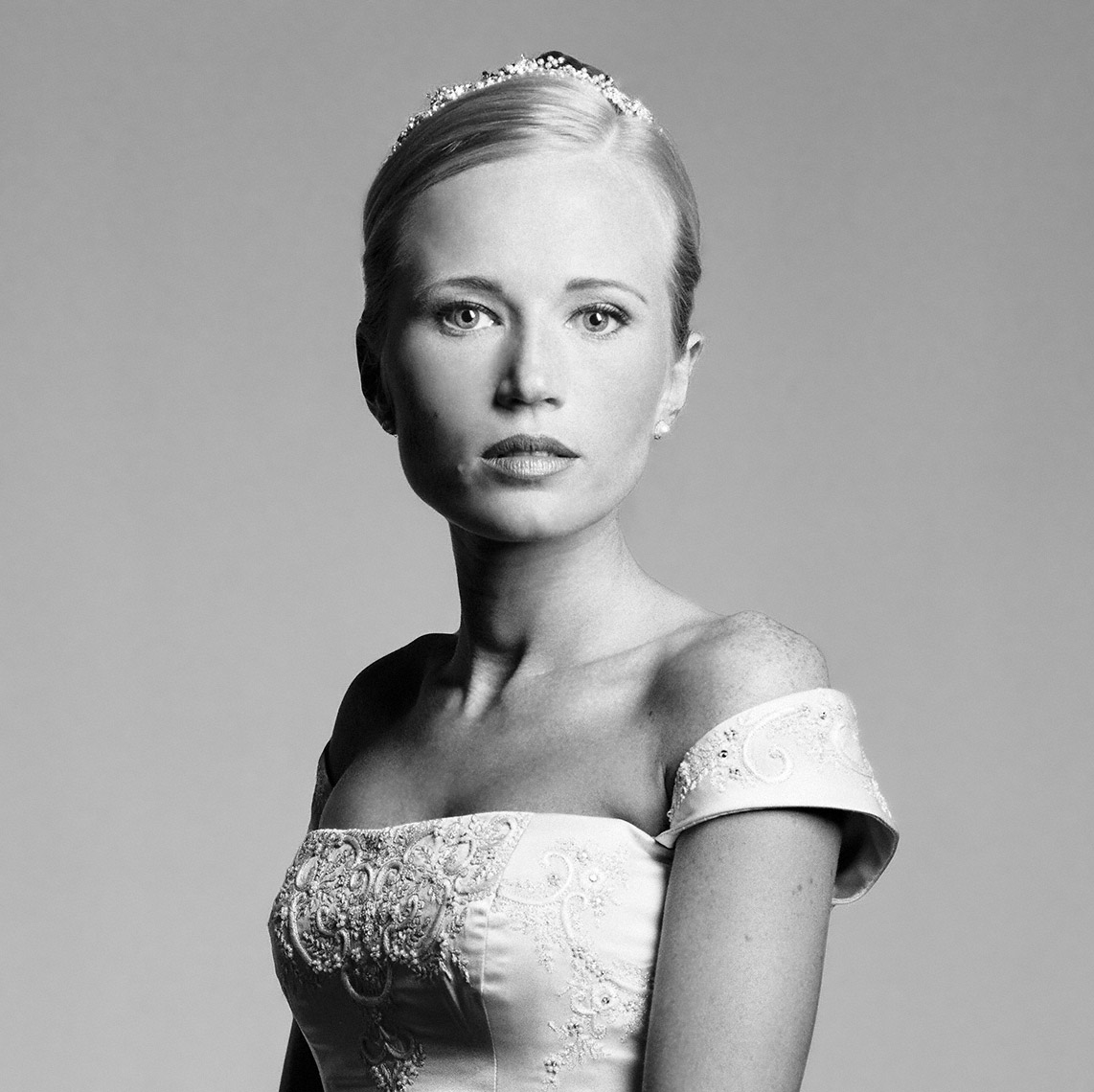 Stunning black and white bridal portrait of Ms. Coward